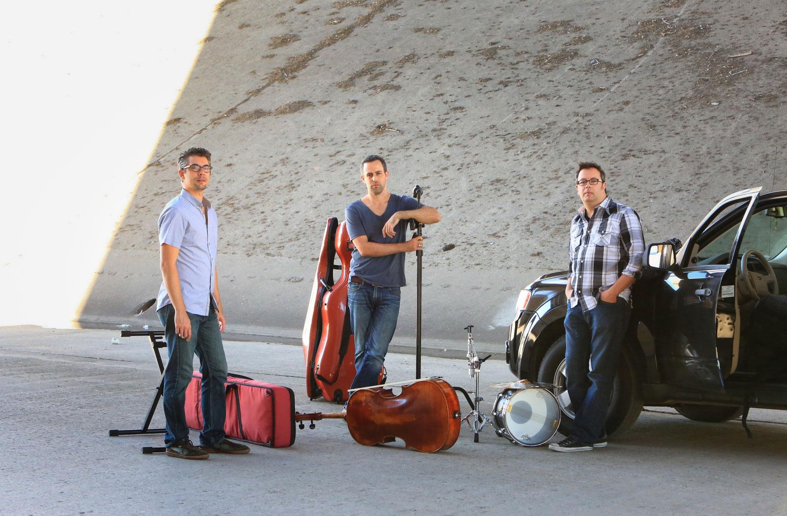 Jacob-Szekely-Trio-01